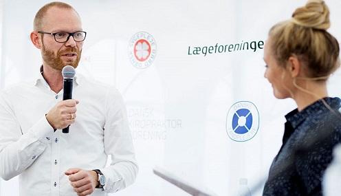 Innovationsdirektør i COOP, Jeff Salter, i samtale med Mette Frisk.